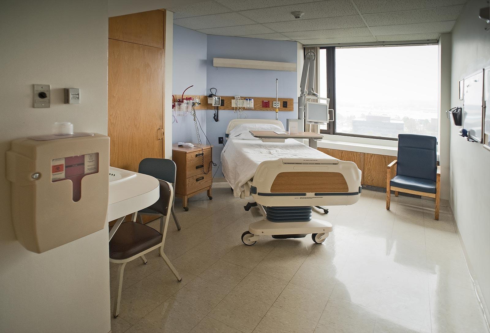 slide-hospital